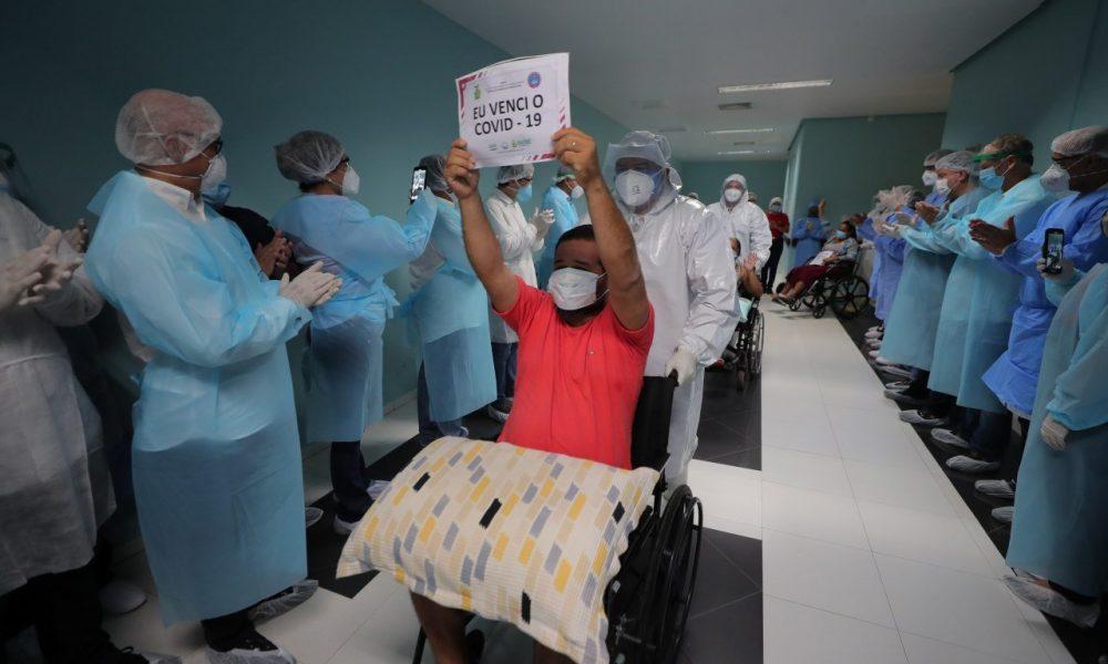 Brasil passa de 55 mil pacientes recuperados do novo coronavírus | Ao Vivo  de Brasília