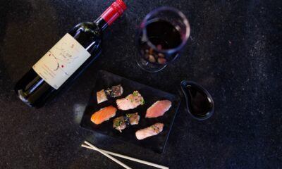 Haná vinho e comida japonesa