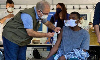vacina anual contra a covid-19